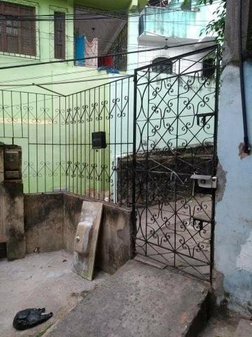Vendo casa 2 andares em São Caetano Salvador - Foto 9