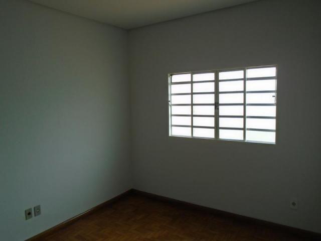 Casa com 3 dormitórios para alugar, 100 m² por r$ 950/mês - setor campinas - goiânia/go - Foto 10