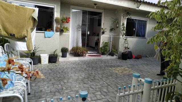 Casa averbada! vendo ou troco por chácara - Foto 5