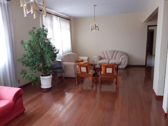 Apartamento com 04 quartos em Viçosa MG - Foto 3