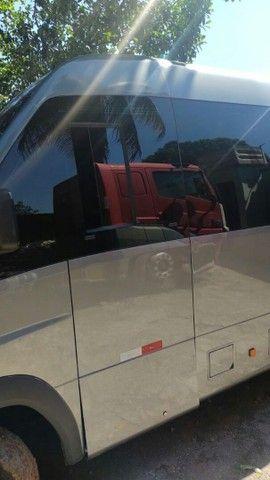 MICRO ÔNIBUS VOLARE CINCO ANO 2019 MENOS DE 100 MIL KMS RODADOS CARRO EXECUTIVO COMPLETO - Foto 3