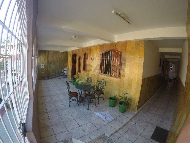 DM- Raridade - Casa Enorme em Laranjeiras - Foto 9