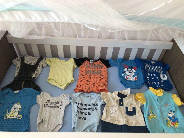 Lote de bebê menino+ protetores e almofada de berço