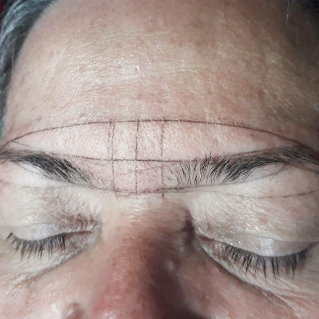 Design de sobrancelhas  - Foto 3