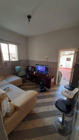 Geladeira inox,sofá e cadeiras - Foto 2