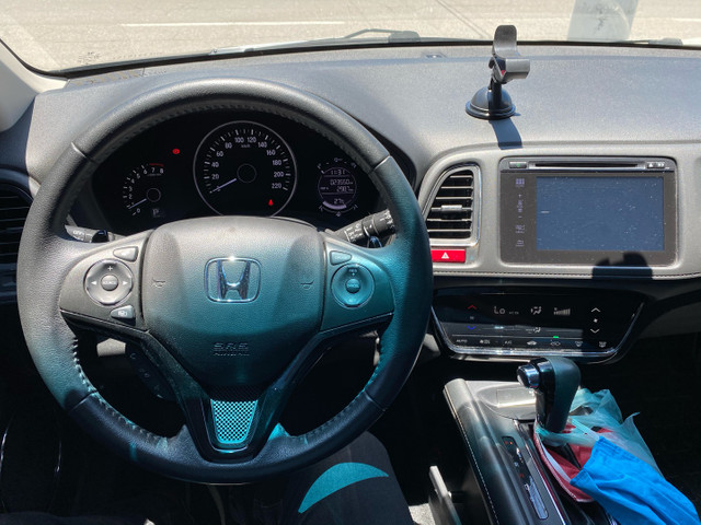 HR-V Touring 1.8AT 23.000km - Todo Revisado - Farol LED + Ar Digital + Multimídia  - Foto 7