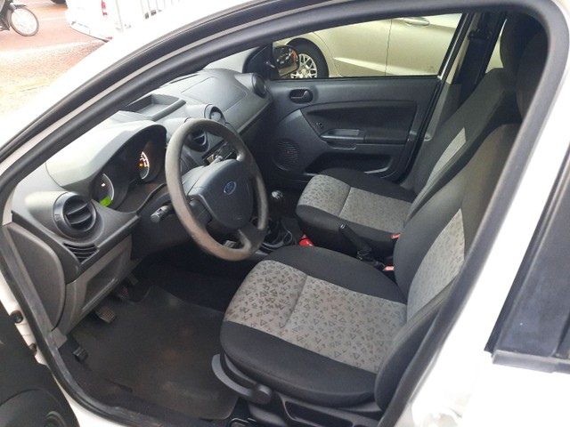 Fiesta sedan 1.6 10/11 - Foto 5