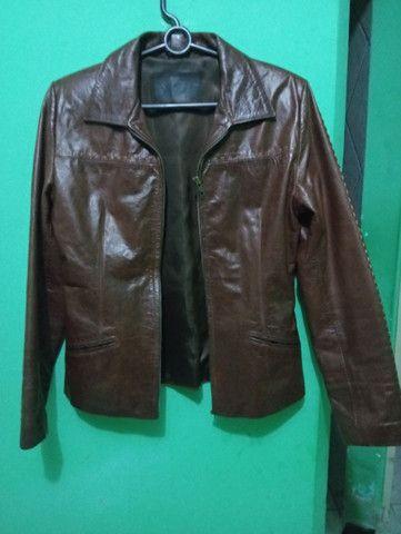 Jaqueta de couro legítimo importada. - Foto 3