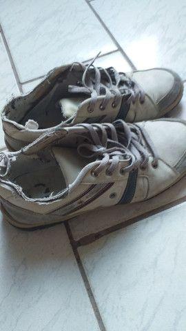Sapato usado.