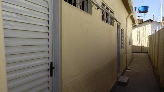 Kitinete para Mulher - Centro - Goiânia (Livre de Água e Energia)- Quitinete