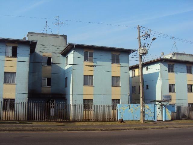 Apartamento no Sitio Cercado na Rua Tijucas