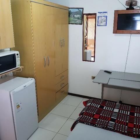 Aluguel de quartos para solteiros(as) direto com proprietário no Centro de Curitiba - PR - Foto 8