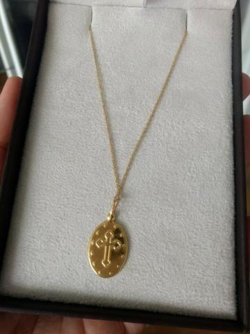 Gargantilha em ouro 18k com pingente também em ouro 18k - Foto 2