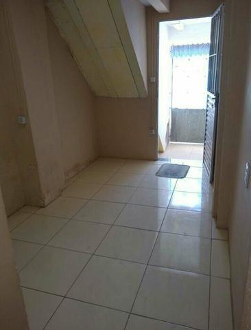 Aluga - se ou Vende-se está linda casa - Foto 3