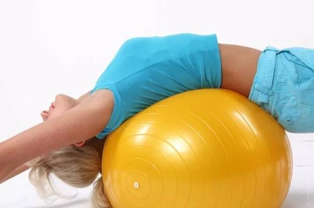 Bola Suíça Pilates 75cm - Anti-Burst Mormaii - Esportes e ginástica ... b7934ac2631fb