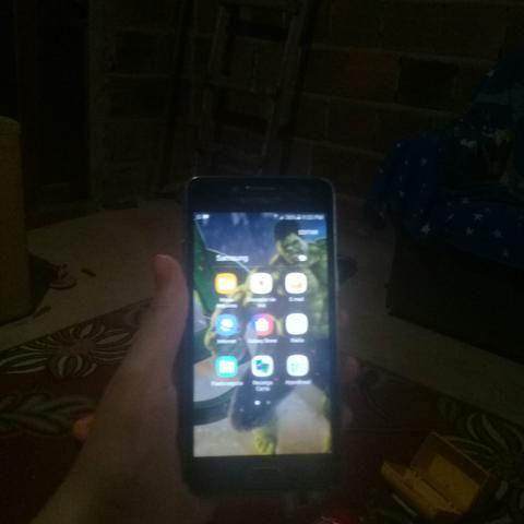 Vendo celular sansung j2 prime
