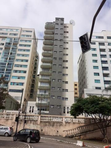 Apartamento com 04 quartos em Viçosa MG
