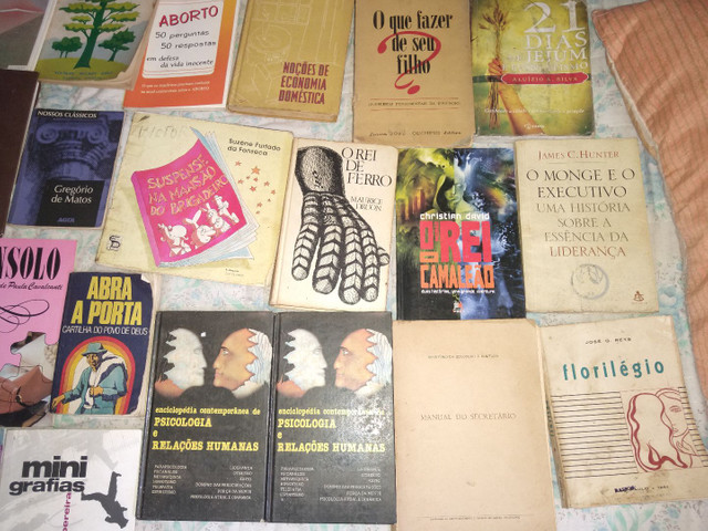 33 livros ...preço oportunidy imperd...  - Foto 3