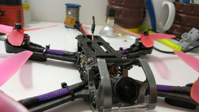 Drone racer freestyle - Foto 3