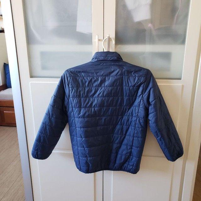 Jaqueta de Nylon infantil reversível tamanho 7-8 - Foto 2