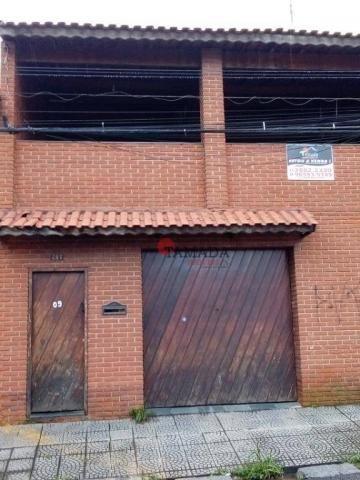 Casa assobradada, terreno 10x30m, 03 vagas, 04 dormitórios, suíte, à venda, 195 m² por R$
