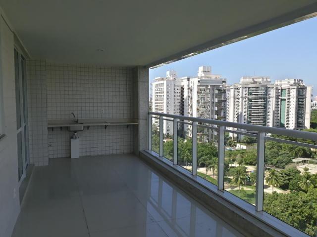Apartamento para Venda em Rio de Janeiro, Barra da Tijuca, 4 dormitórios, 1 suíte, 2 banhe - Foto 3