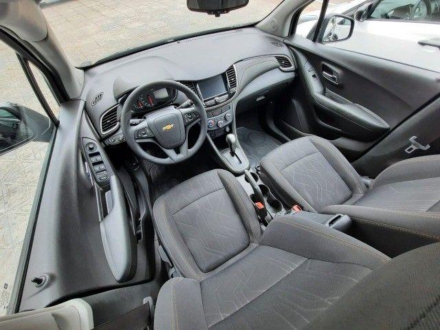 Ent. 50% + 48x 1.299,00 - Chevrolet Tracker LT 1.4 Turbo só 45.000km - Foto 4