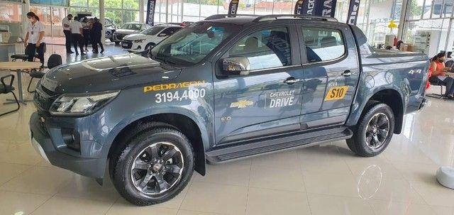 Nova S10 High Country Cabine Dupla 4X4 Diesel 2022 (Pedragon Casa Amarela). Fale conosco.