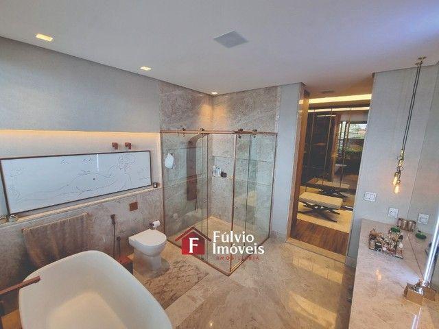 EXCLUSIVIDADE! Casa Luxuosa, Dentro de Condomínio de Alto Nível, 4 Suítes, Lazer Completo  - Foto 12
