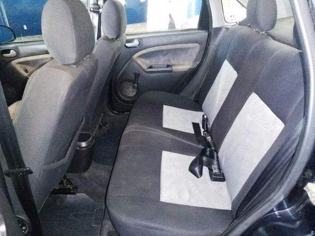 Ford Fiesta Sedan - Foto 7