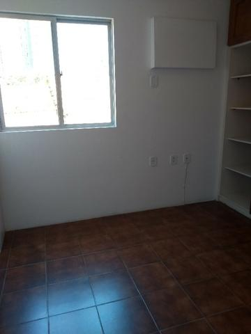 D565 Excelente Apartamento no Farol