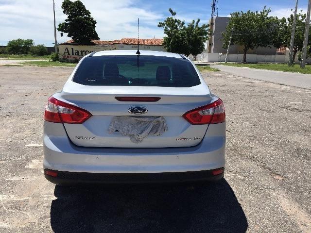 Ford Focus Vdo ou troco