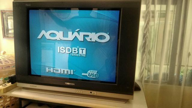 Televisão + conversor 160,00