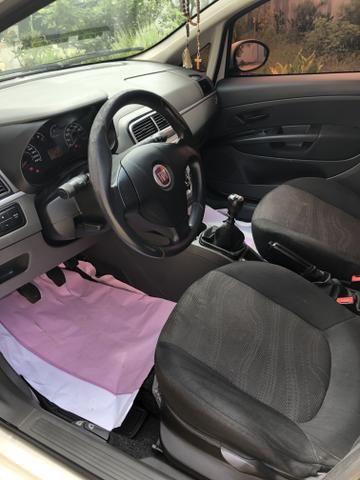 Fiat Punto Attractive Italia 1.4 2012 - Foto 8