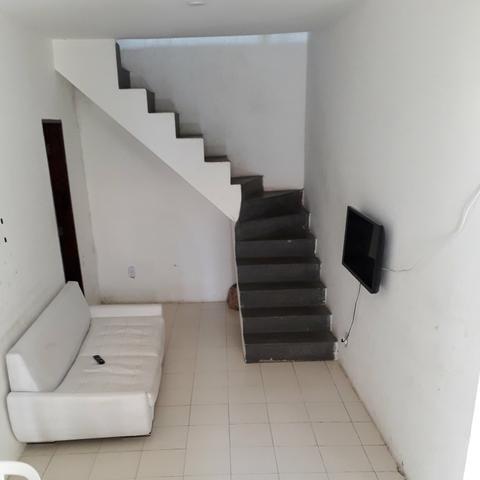 Casa Térrea em Itapuã, 2/4 com garagem - Foto 2