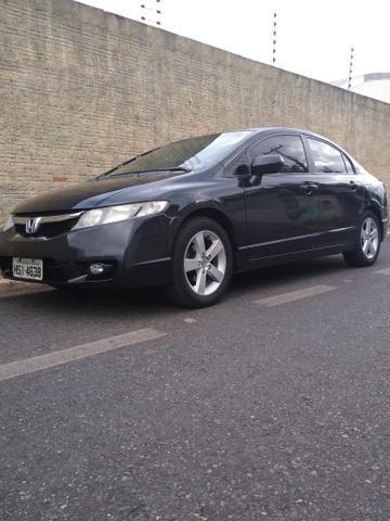 Civic G8 muito top , carro 1.8 pintuta nova todo em dias - Foto 4