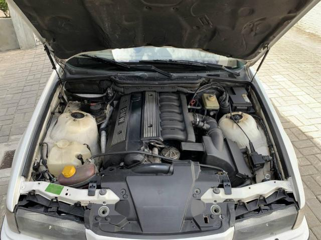 BMW 325 2.5 6cc Sedan Automático - Foto 9