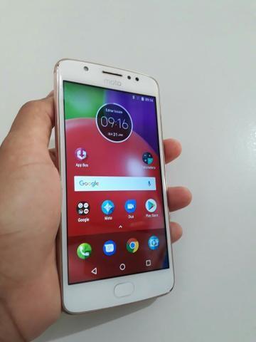 Motorola Moto E4 16GB c/ impressão digital