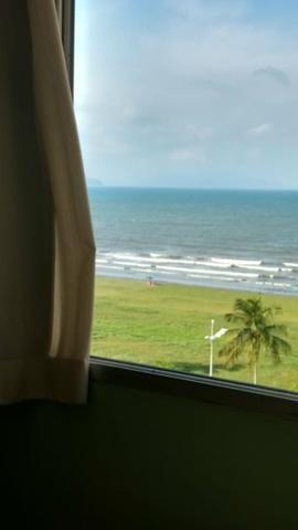 Apartamento frente ao mar / 2 dormitorios !!1 - Foto 2