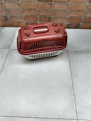 Casa caixinha de transportar cachorro semi nova