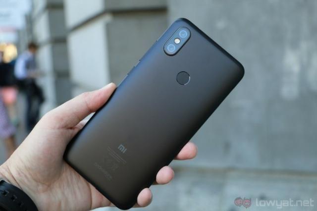 Celular Xiaomi MI A2lite _ Loja física na cohab ( Entrega gratis)