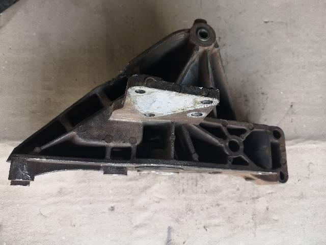 Suporte do compressor do ar condicionado Fiat palio/ doblo/punto com motor fire