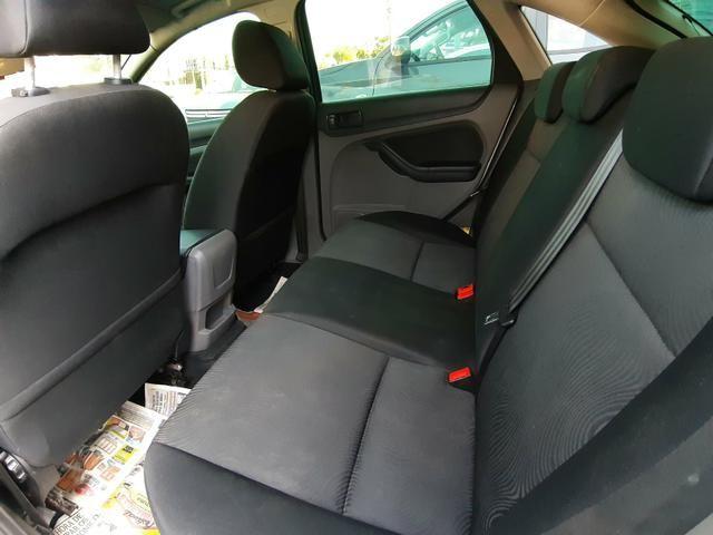 Ford Focus 1.6 GLX Manual - Muito Novo - Procurar Raphael Moreira - Foto 8