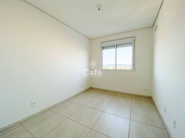 Apartamento de 1 dormitório com garagem em Camobi - Foto 6