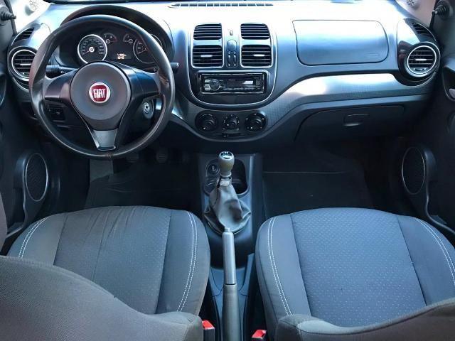 Fiat Grand Siena Tetrafuel 1.4 Evo F. Flex 8V - Foto 11