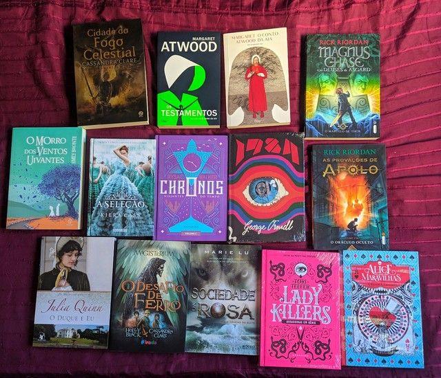 Livros Darkside e outros.