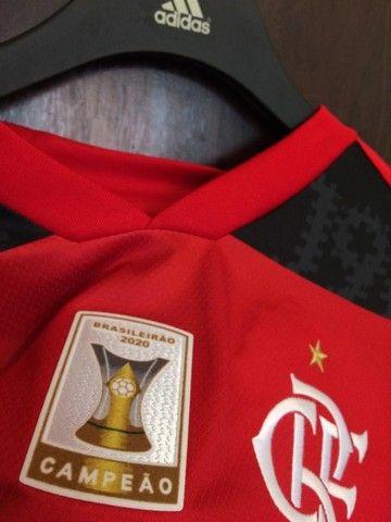 Camiseta Flamengo 20/21 - Patch Campeão Brasileiro  - Foto 6