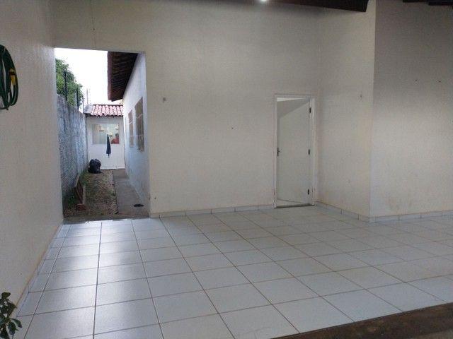 Vende-se Excelente Casa na Zona Leste - Foto 3