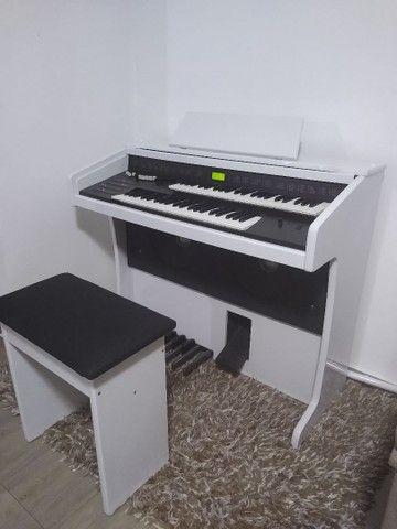 Excelente órgão Phinker Millenium  - Foto 3