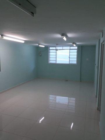 Alugo com 9 salas, ideal para clínicas, escritórios, consultórios, estéticas ... - Foto 12
